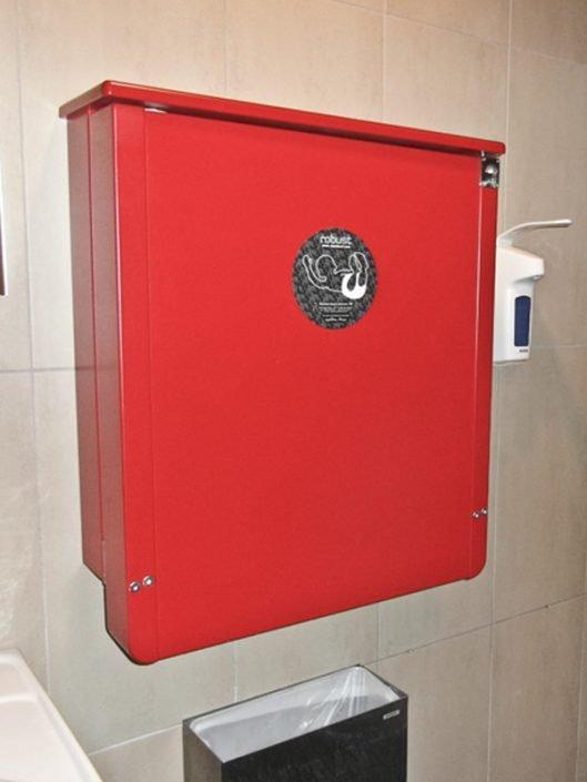 Robust röd, väggskötbord på Burger King Löddeköpinge